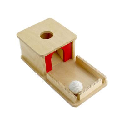 托盘盒子与球